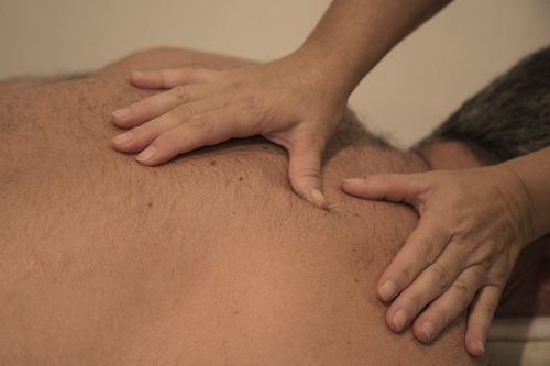 Massage*Dos-épaules-nuque-tête